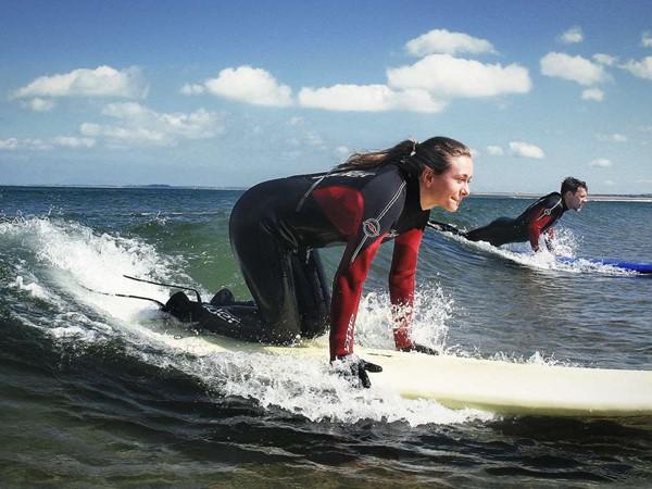 Surfing lesson for Child, level: Intermediate